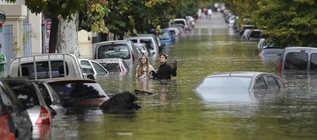 Inundaciones en la Ciudad de Buenos Aires, luego del diluvio de la madrugada.Zona de Cabildo y Garcia del Rio.Fotos Alfredo Martinez